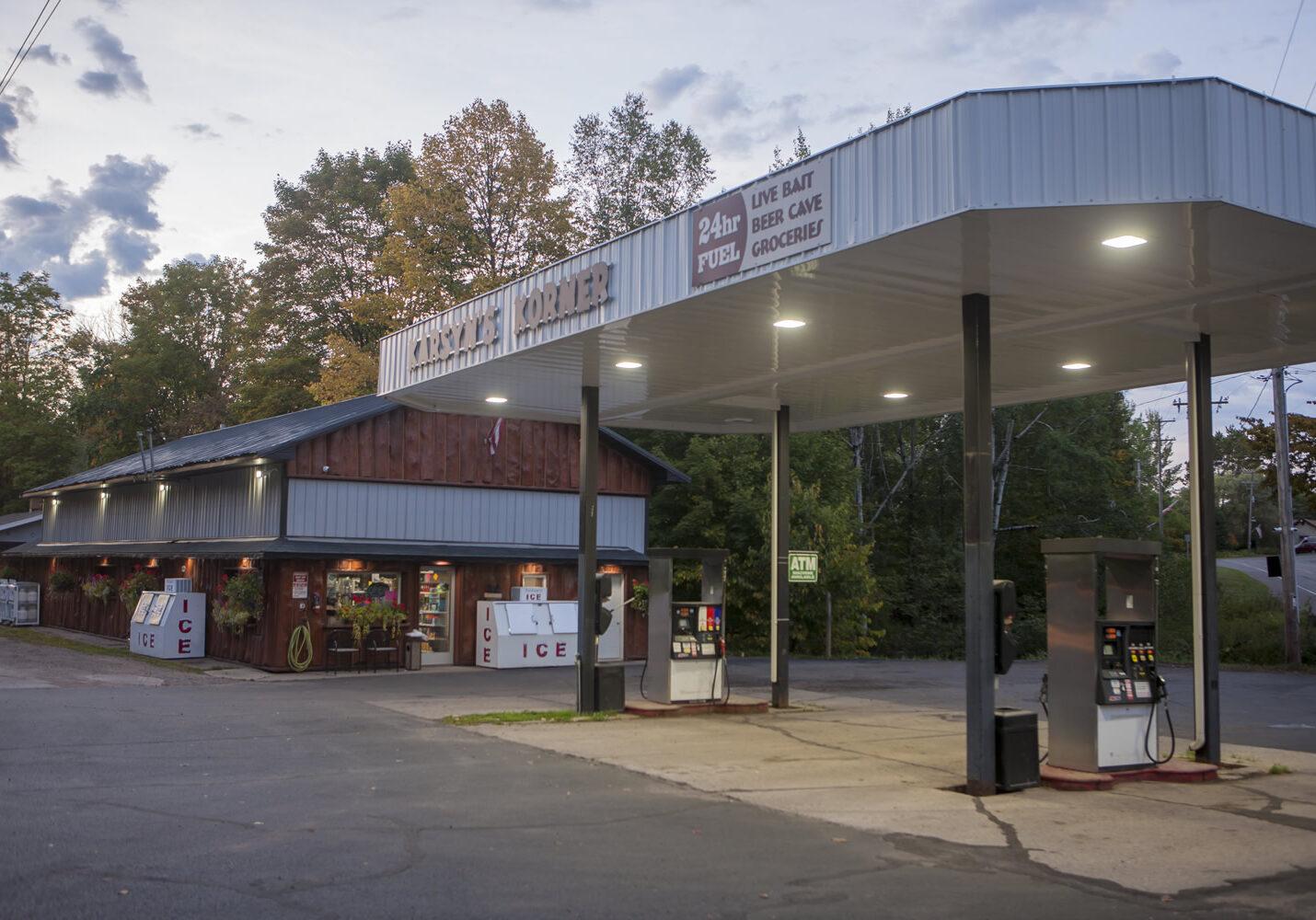 karsyns-korner-gas-station-001